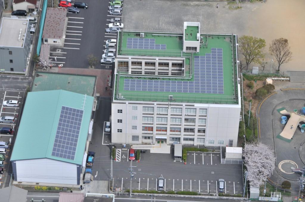 静岡市番町市民活動センターに設置された太陽光発電(写真:しずおか未来エネルギー)