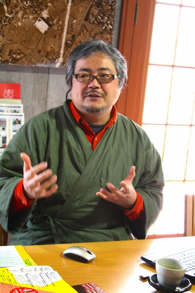 「足温ネット」の山崎求博さん(写真:高橋真樹)