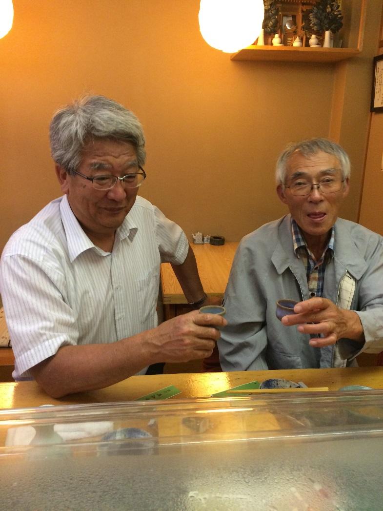 代表取締役社長の小林稔氏(右)と副社長の佐藤彌右衛門氏(左)
